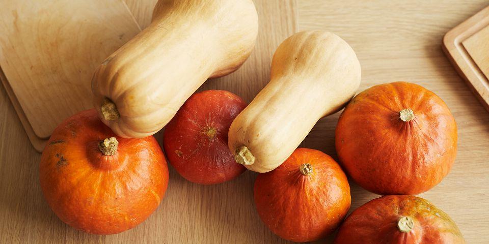 Hokaido i butternut tikve u živim bojama jeseni